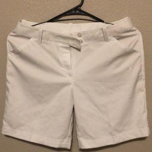 Women's Callaway size 8 golf shorts